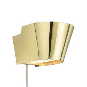 GUBI Tynell Collection 9464 Wall lamp Brass